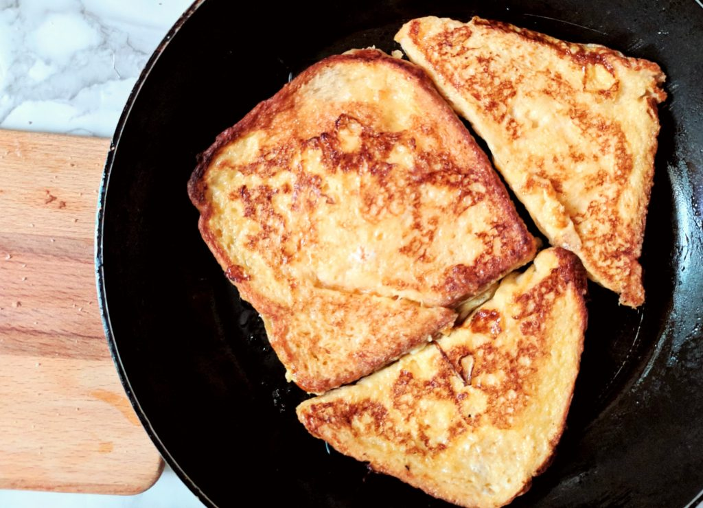 frying of french toast